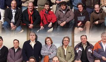 Promoción 2006 de Pilotos Radiofonistas NAcionales de  Ultraligeros de la Escuela de Vuelo de Villanueva de Gállego